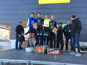 ciclistas podium cadete alginet